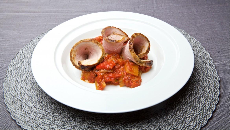 Helstekt svinenakke med ratatouille