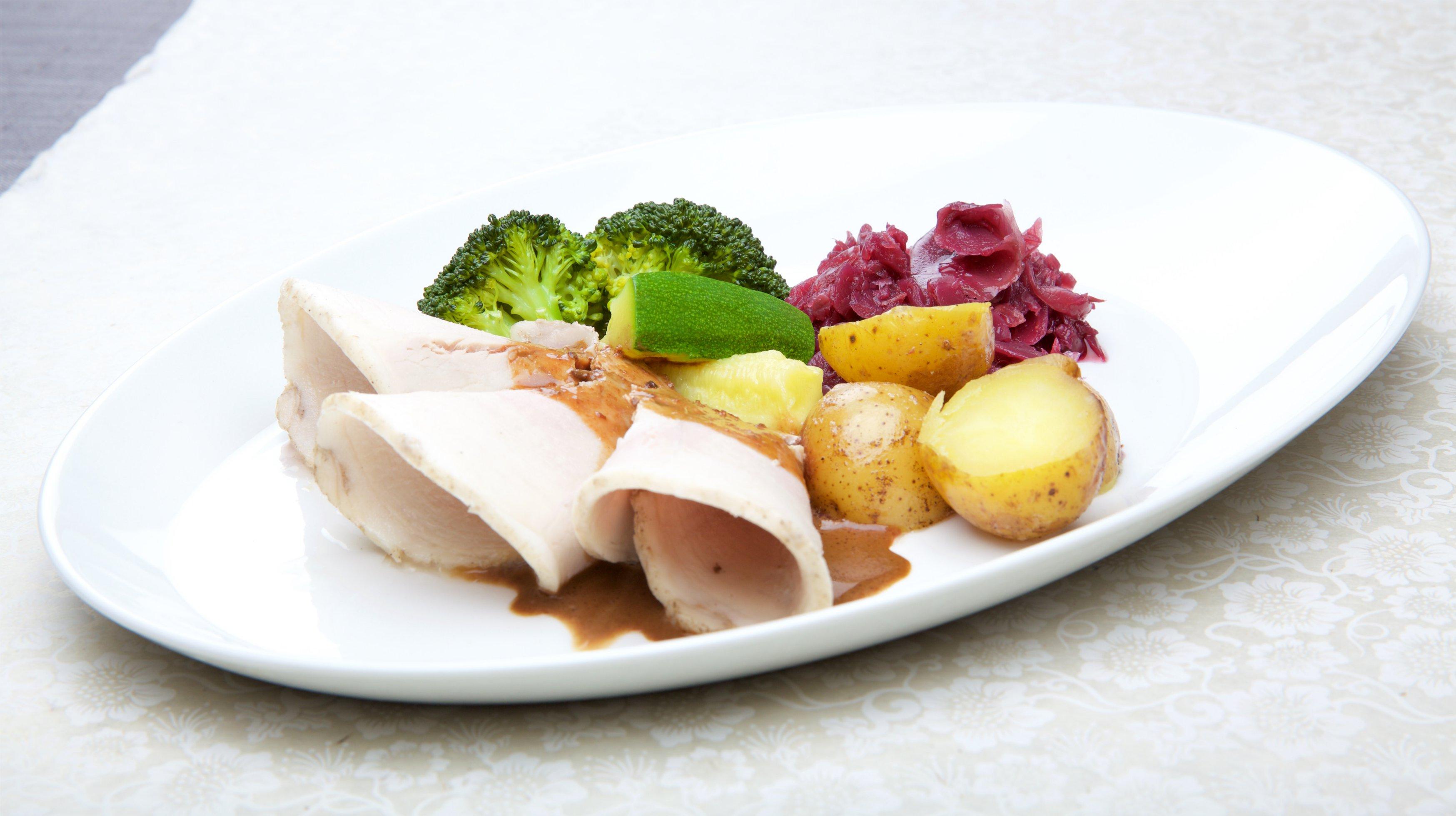 Skinkesteik med grønnsaker. Foto.